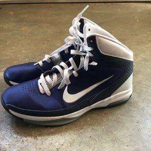 Women's 11 Basketball Shoes